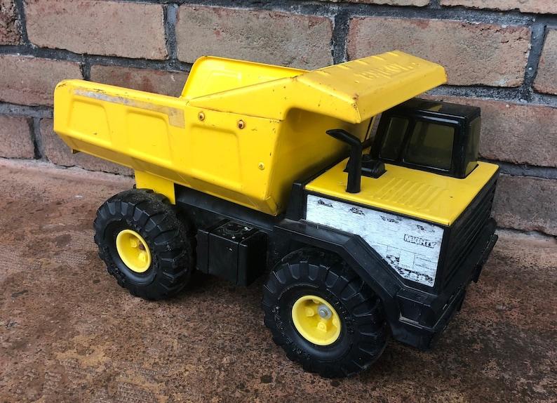 Tonka Toy Trucks >> Vintage Tonka Dump Truck Metal Truck Yellow Dump Trunk Etsy