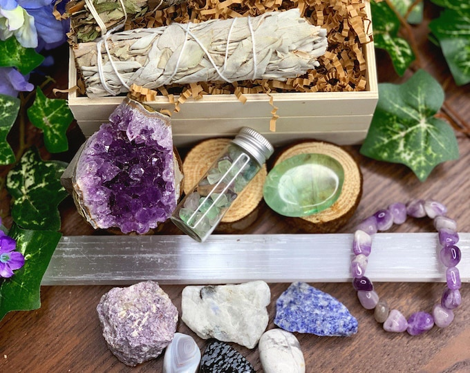 Featured listing image: Stress Relief & Relaxation Gift Set | Sage Crystal Kit, Meditation Altar, Crystal Healing Wicca, Spiritual Gifts, Gift Ideas, Crystal Set