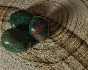 BLOODSTONE (Grade A Natural) Tumbled Polished Stones Gemstone Rocks for Healing, Yoga, Meditation, Reiki, Wicca, Crafts, Jewelry Supplies