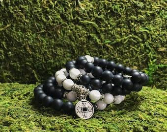 Unisex Mala Bracelet | 108 Mala Beads | Onyx Wrist Mala | Black & White Asian Coin Mala Bracelet | Yoga Meditation, Mala Bracelet