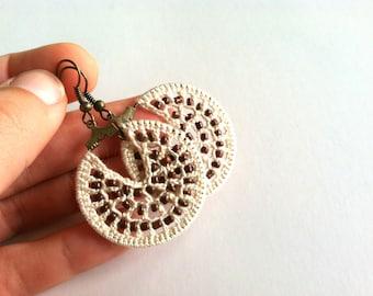 Small Beige Crochet Hoop Earrings with Chocolate Brown Seed Beads, Lightweight Earthy Beaded Hoops, Beadwork Jewelry, Handmade Accessories