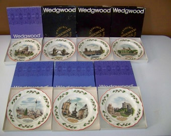 Wedgwood Queens Ware Set Of Seven Christmas Plates 1980-1986
