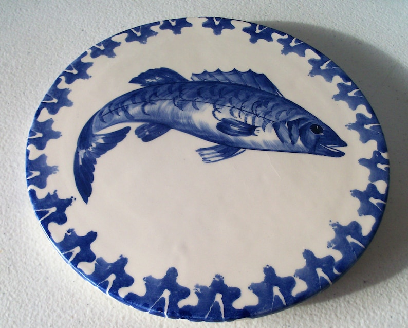 0473923d5d972 Vietri Made In Italy Hot Plate tile With Fish Design