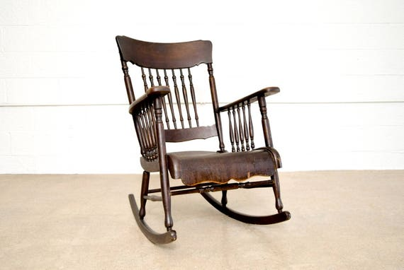 Excellent Rocking Chair Antique Rocking Chair Antique Smith Day Co Victorian Wooden Rocking Chair With Spindleback And Bentwood Seat Beatyapartments Chair Design Images Beatyapartmentscom