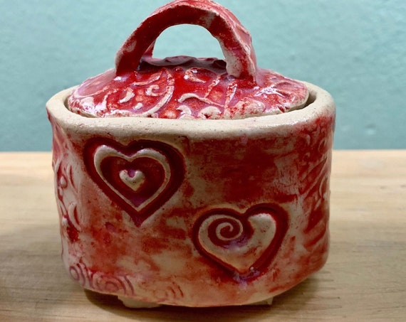 Rose Scented Candle in an Adorable Ceramic Keepsake Box