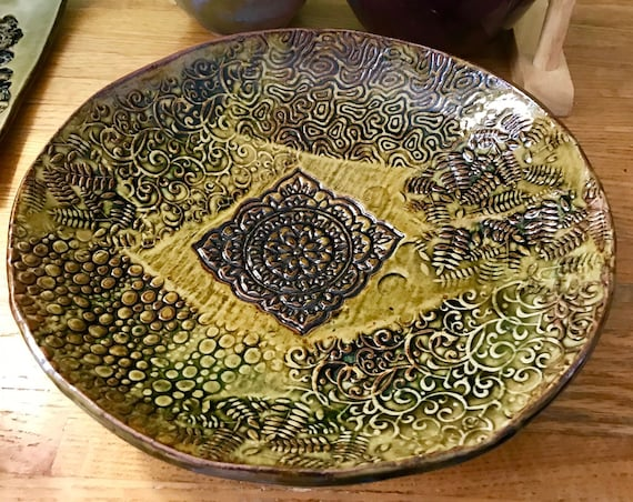 Elegant Ceramic Serving Platter in Amber Celedon