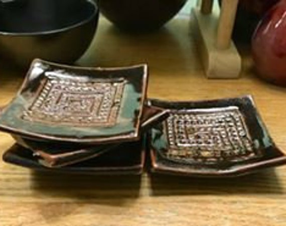 Set of 4 Small Ceramic Plates in Rich Temoku with Greek Key Pattern