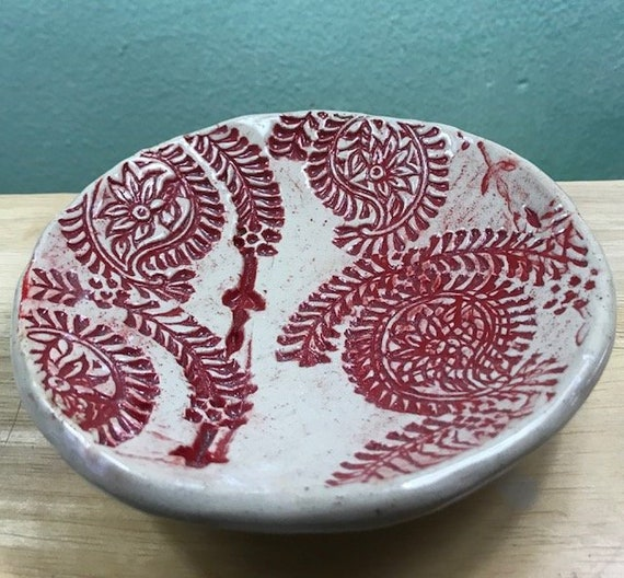 Small Paisley Bowl in Red and Ivory