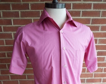 Vintage Short Sleeve Button Down Shirt by Van Heusen Hampshire House