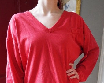2577b397d Vintage Long Sleeve Vee Neck T Shirt by Gap Clothing Co.