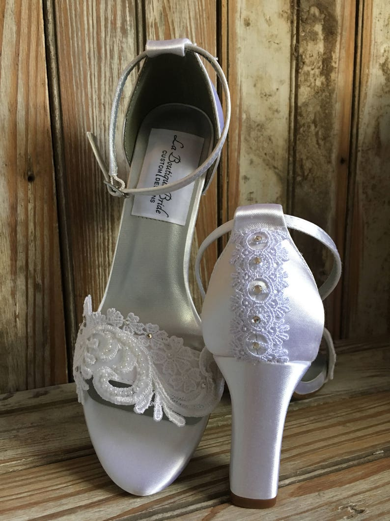 Bridal Shoe with block heel sandal beaded lace wedding shoe