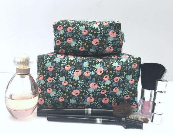 76c2c3271b9f Green Floral Makeup Bag Set Floral Cosmetic Cases Mother