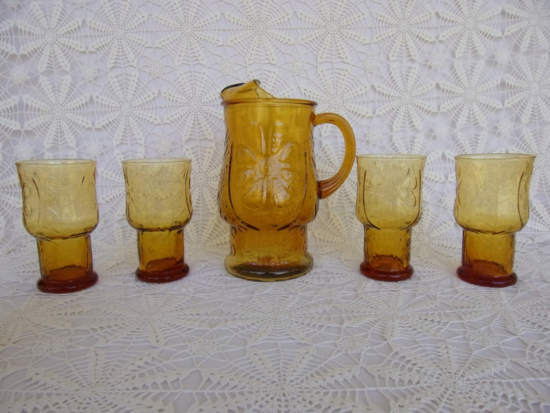 Indiana Glass Honey Gold Color 13 Piece Set Beverage Set Country Garden Excellent Condition During 1970s Made in USA