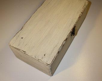 Wooden box - PALE L