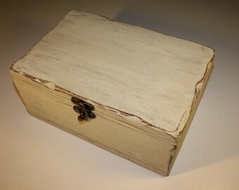 Wooden box - PALE M
