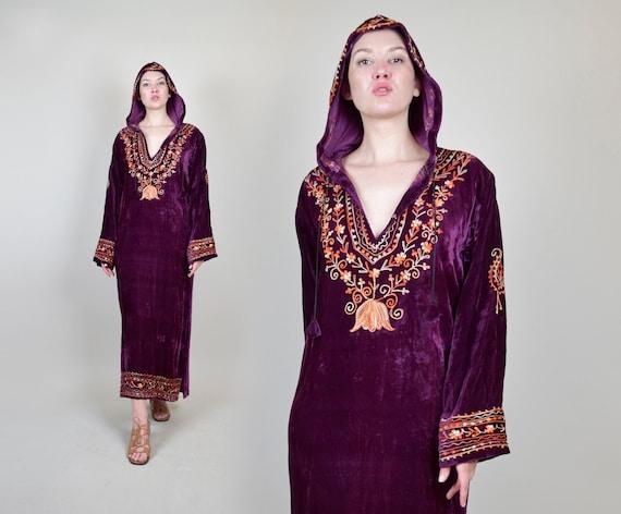 1960's Hooded Velvet Robe | 1960s Indian Embroider