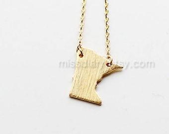 Minnesota State Necklace, MN state necklace, Minnesota state bar necklace, graduation gift, Minnesota graduation, dainty bar