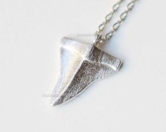 Garnet sterling silver shark tooth pendant and 24 box chainocean jewellery