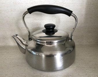Sori Yanagi Stainless Steel Water Kettle