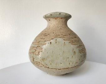 Barbara Cass Studio Pottery Budvase
