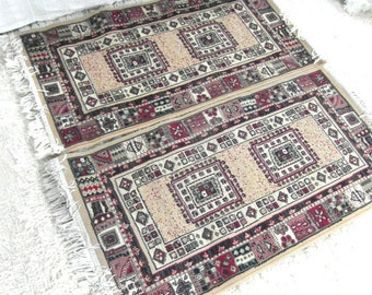 2 vintage poly/wool rugs, bedside rugs, 3.75 ft x 2 ft / 117 cm x 61 cm, boho decor, mid century rugs, synthetic wool low pile rug.