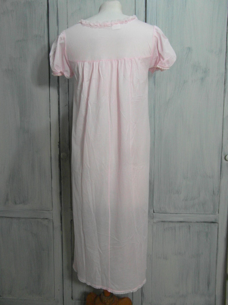 vintage lingerie size S  M Romantic pink nylon nightie pink nightie