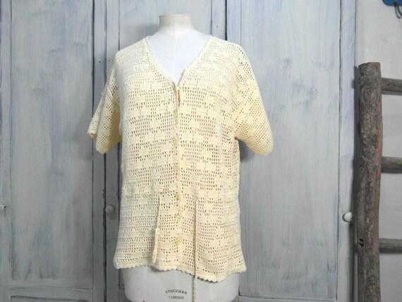 Handmade crochet cardigan top, off pastel yellow … - image 2