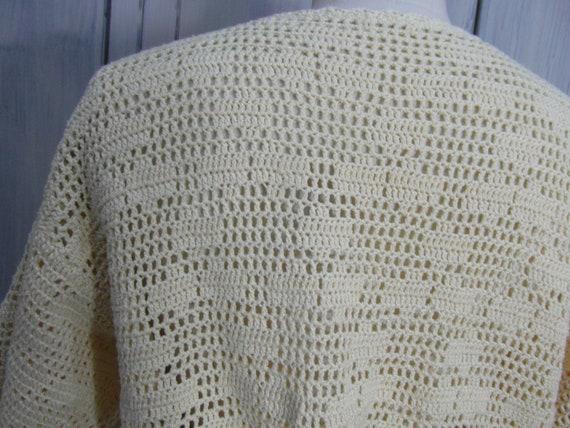 Handmade crochet cardigan top, off pastel yellow … - image 9
