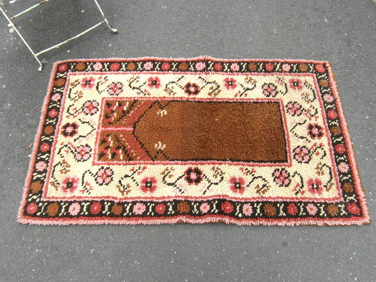 Vintage Handmade Pure Wool Thick Pile Rug 4ft X 2 3ft Or 122 Cm X 71 Cm