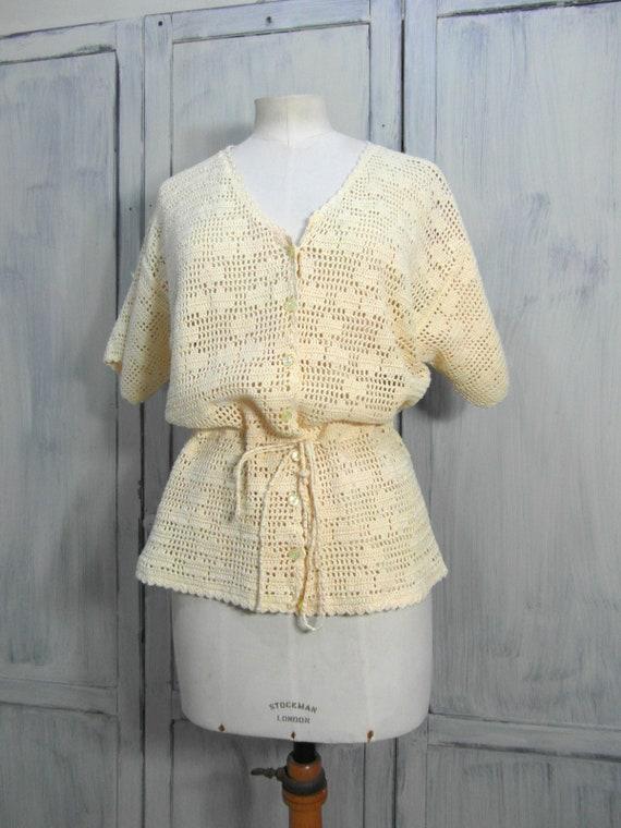 Handmade crochet cardigan top, off pastel yellow … - image 3