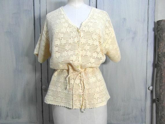 Handmade crochet cardigan top, off pastel yellow … - image 4
