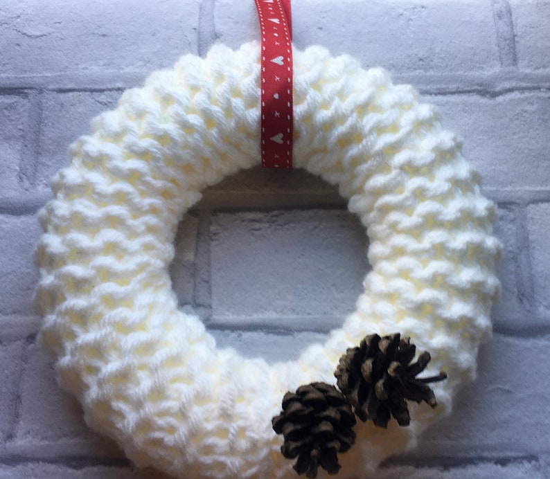 Knitted wreath with gold flower autumn Christmas Mother\u2019s Day Easter    door hanging,cream woollen wreath chunky wreath spring