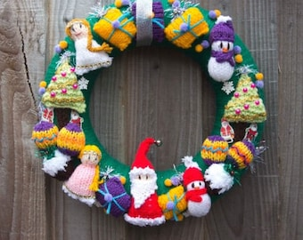 Knitted Christmas wreath ,door hanging,advent wreath, Christmas gift, Santa, angel, snowman, Christmas decorations