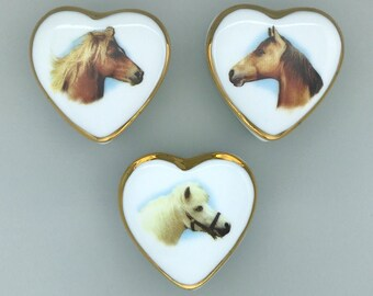 Horse Lover Heart Shape Ceramic Trinket Box - Equine Design Covered Dish for Sorority Pin, Engagement Ring, Tooth Fairy, 4th Birthday Gift