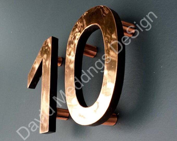 "House numbers Modern copper floating in polished or brushed and lacquered Antigoni, 4""/100mm high d"