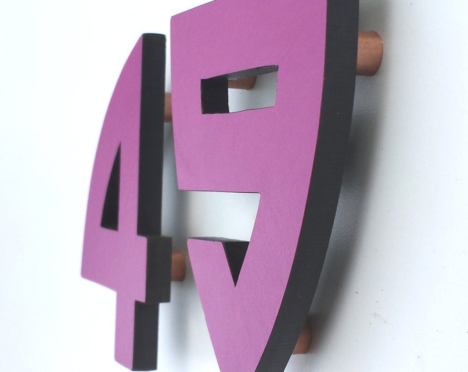 "Arts and Crafts coloured floating House numbers in exterior cladding 1 - 6 numbers 4""/100mm high in Bala font g"
