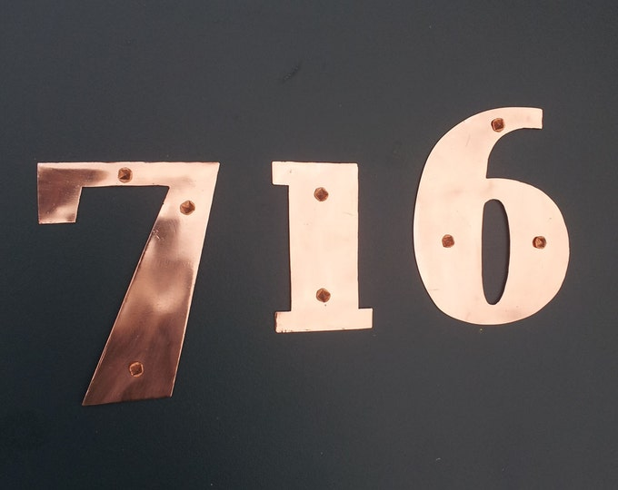 "Copper mailbox house numbers in Art Deco - 4""/100mm high in polished and hammered finishes d"