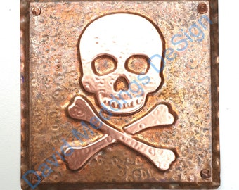 """Skull and crossbones halloween pirate green or hammered copper plaque  4.2""""""""/105mm square d"""