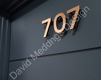 """Modern House numbers copper Contemporary floating in 3""""/75mm high Antigoni - Polished and lacquered u"""