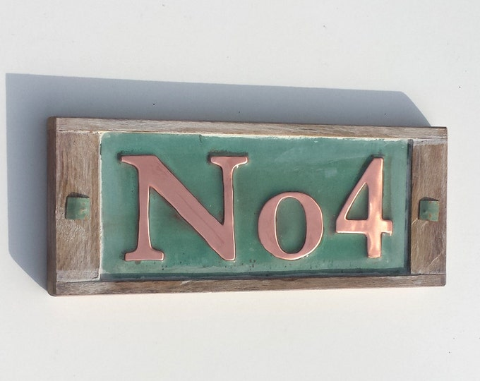 """Gate sign House plaque 3""""/75, 4""""/100mm high  in Serif font, copper with oak frame, 1 x number . 'No' is fixed g"""