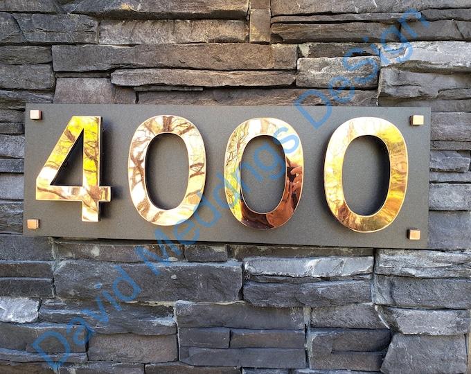 """Large floating house numbers on backboard  in polished, brushed or hammered copper 6""""/150 mm Antigoni font d5u"""