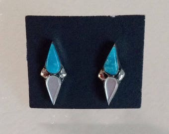 Native American Vintage Zuni Blue Turquoise MOP Sterling Silver Tear Drop Stud  Earrings