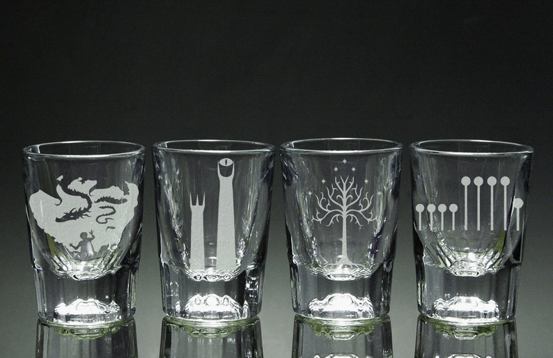 Lord of the Rings  Shot Glasses  Set of 4 image 0