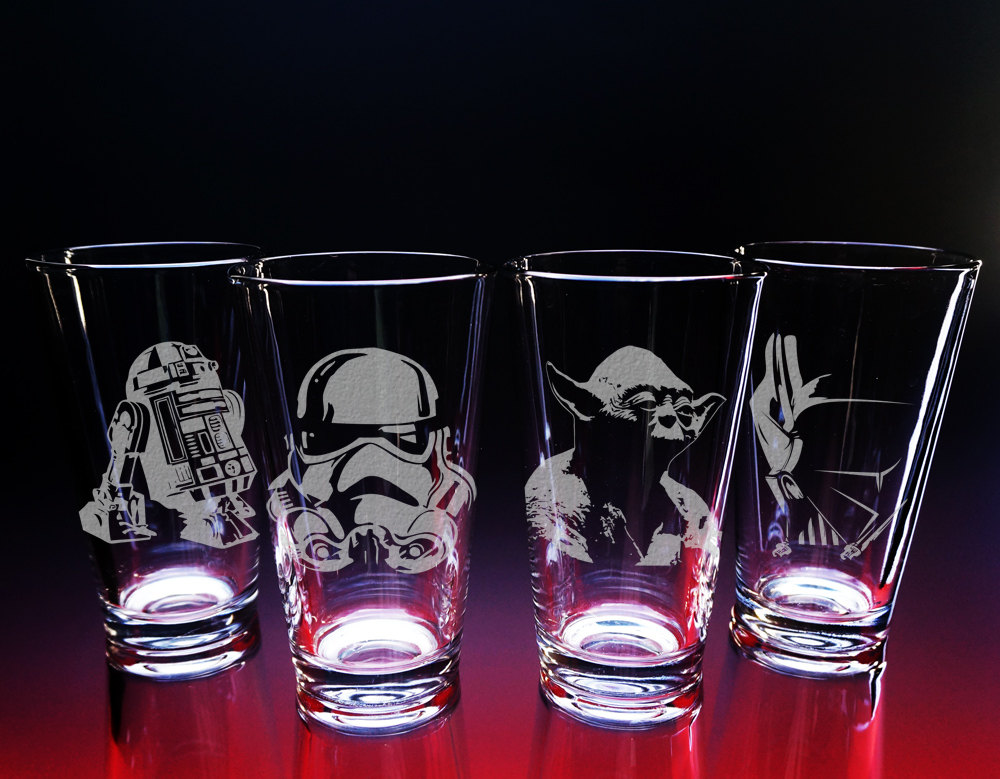 Star wars glasses star wars gift etched glass darth vader etsy zoom solutioingenieria Gallery