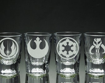 4 Star Wars Themed Etched Shot Glasses 2 ounce