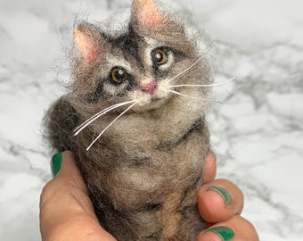 Needle Felted Long-Haired Cat, Cat Memorial, Cat Sculpture, Cat Replica, Cat Portrait