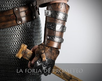 Viking Armband with cover hand, Celtic Armband, Medieval bracer, Viking Larp Bracer, Brazal Vintage, Brazal Steampunk