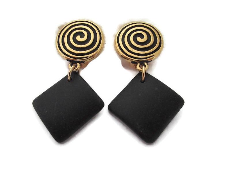 Black Beach Glass Earring Gold Clip On Gold Spiral Ear Clip Black Sea Glass Earring Black Clip On Earring Black Dangle Clip Earring