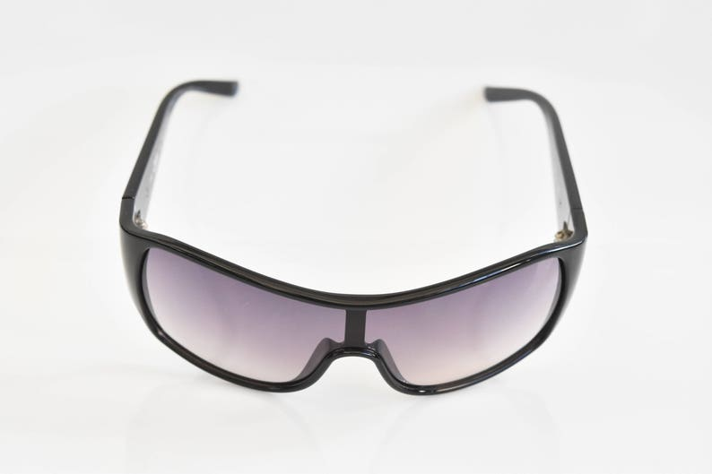 1903ca400ecc Vivienne Westwood Sunglasses VW 66602 131-00-120 BS 08/08 Made   Etsy