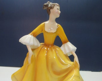 Vintage 1976 Royal Doulton Porcelain Figurine Stephanie HN 2807